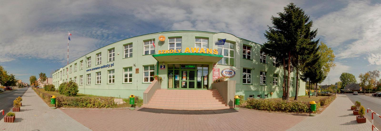 Загальноосвітній ліцей Міжнародної школи Awans в Кельце